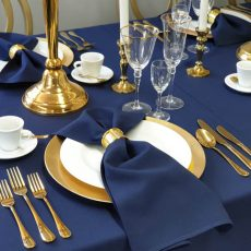 16. Gold Plastic Charger Plate
